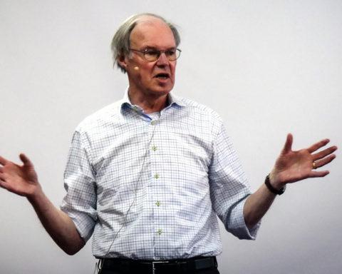 Nationalekonom Hans Jensevik anser att det går att höja avgifterna för att spara och undvika lyxfällan