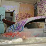 Bilskrot i vardagsrummet